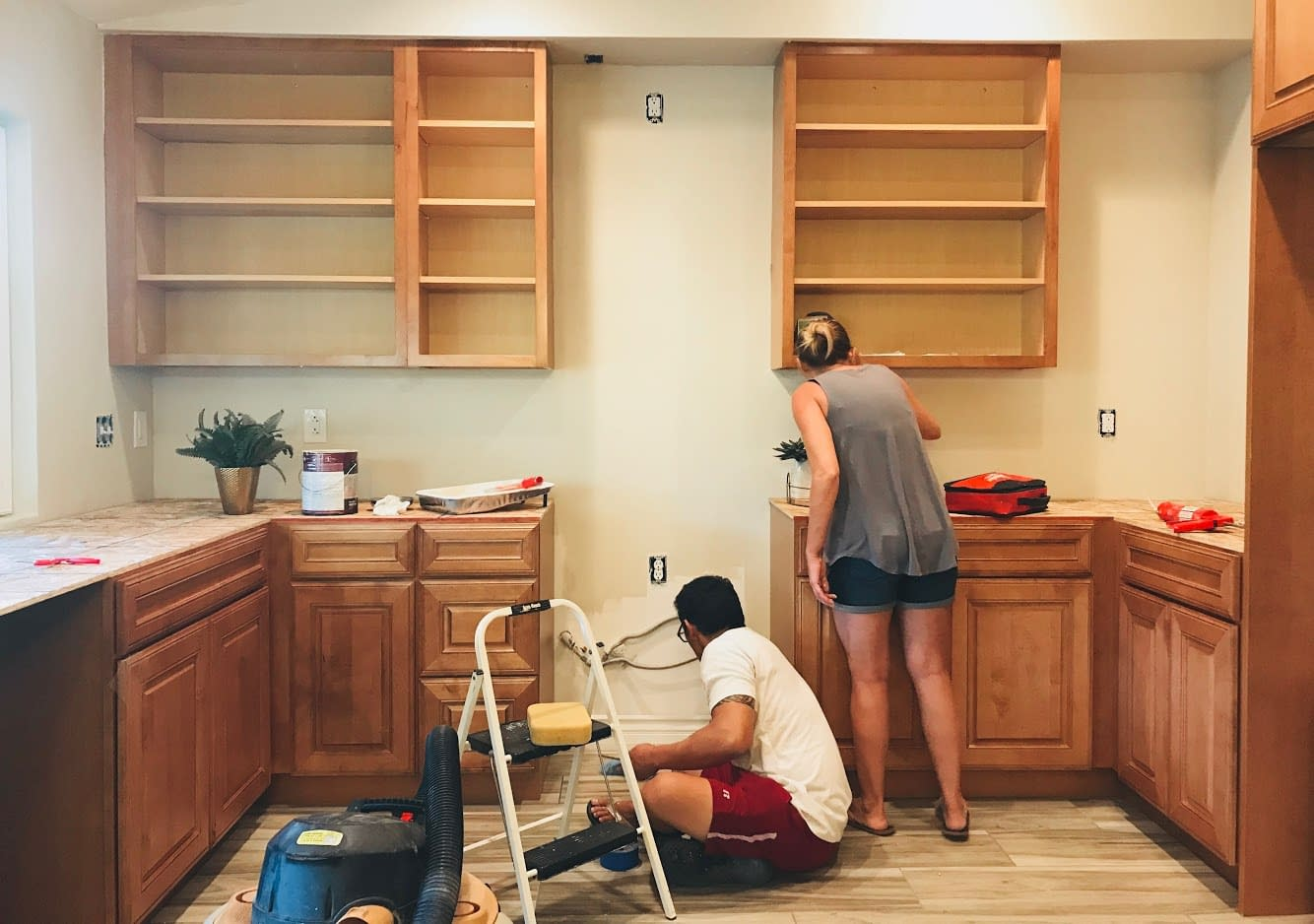 kitchen-renovation-diy-vs-hire-a-professional