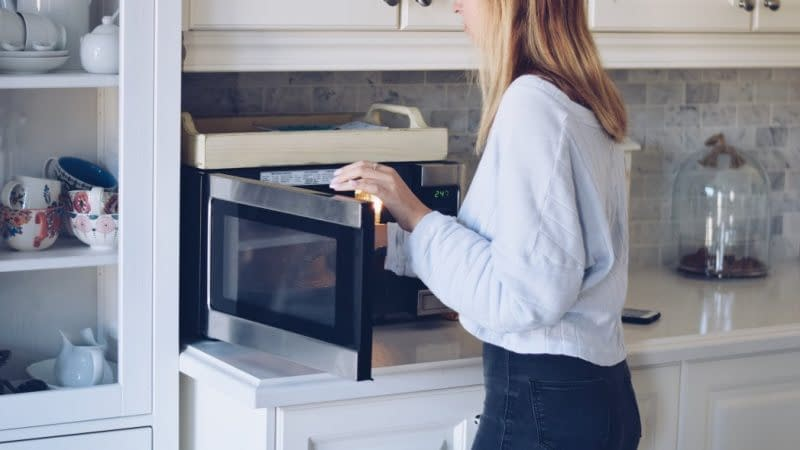 where-to-put-the-microwave-in-the-kitchen