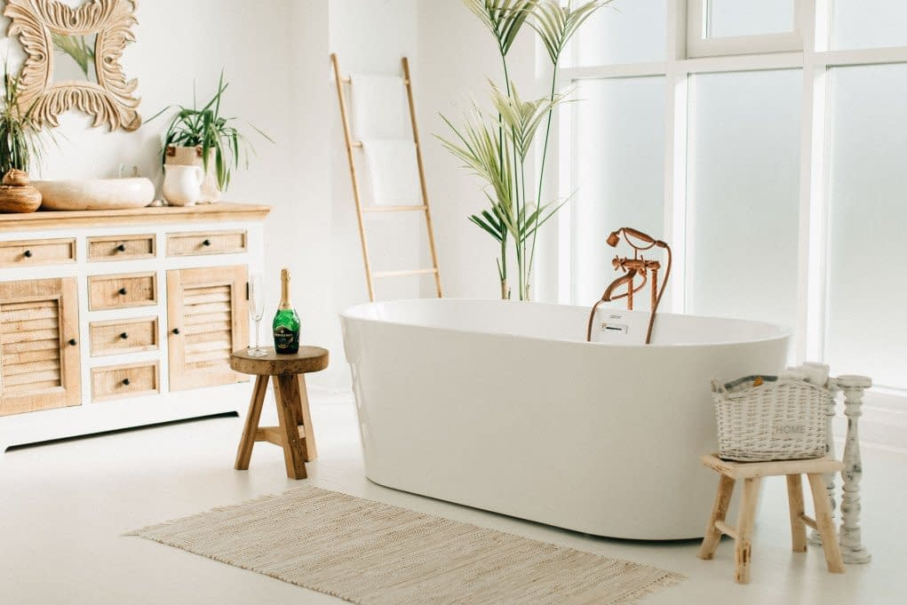 9-simple-ways-to-make-your-bathroom-look-better