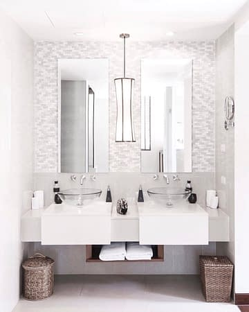 small-bathroom-wall-mounted-faucet